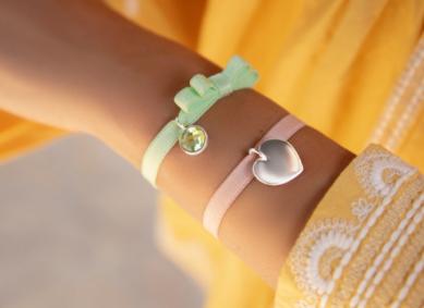 Bracelets sur ruban