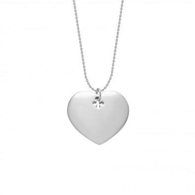 Collier avec cœur en argent sur une chaîne fine classique