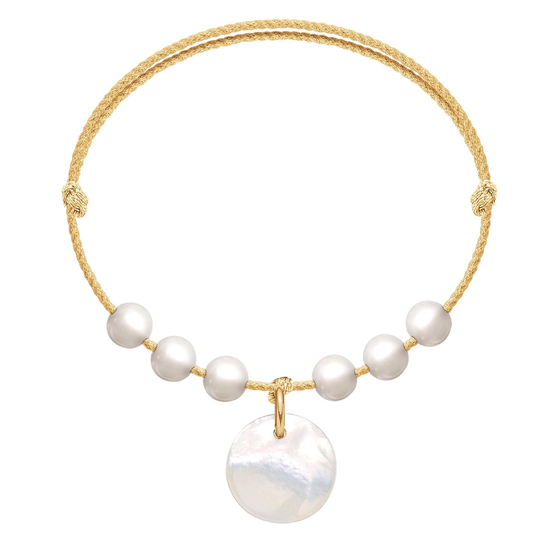 Bracelet Pearl Harmony sur un cordon doré premium