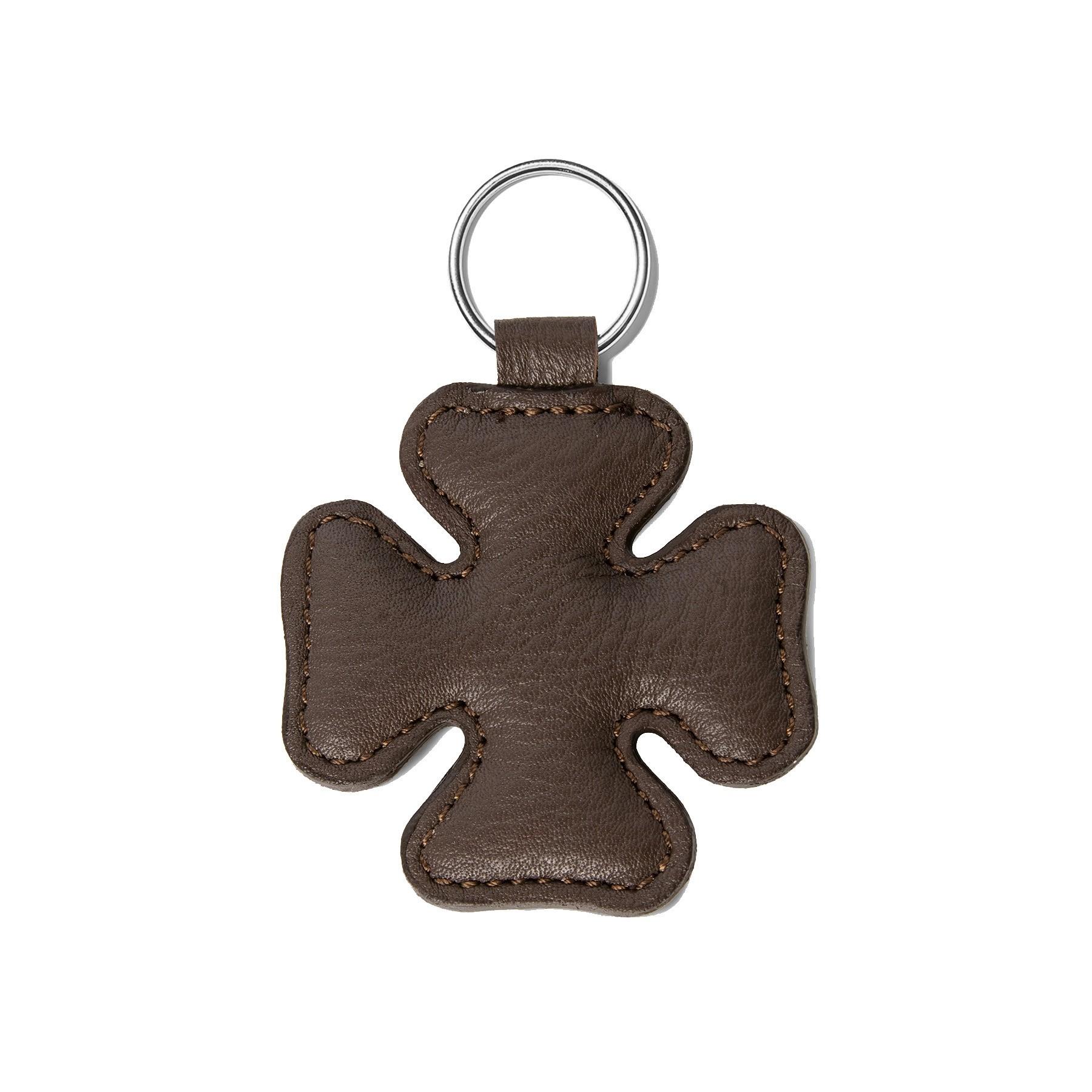 Porte-clé en forme de trèfle, brun, anneau couleur argent