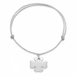 Bracelet avec un trèfle rond en argent sur un cordon épais argenté premium