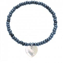 Bracelet en perles de cristal bleu marin opalisantes avec un cœur en nacre