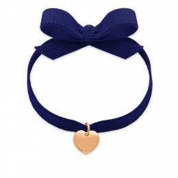 Bracelet ruban de couleur bleu marine avec un cœur plaqué or