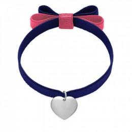 Bracelet ruban double nœud de couleur bleu foncé avec un cœur en argent