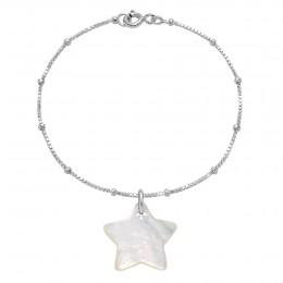 Bracelet avec une étoile en nacre sur sur une chaîne vénitienne