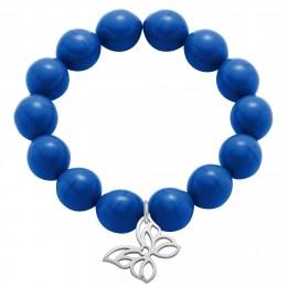 Bracelet en grandes billes de cristal bleu bleuet avec un papillon d'argent ajouré