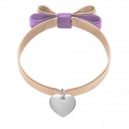 Bracelet ruban double nœud de couleur ivoire avec un cœur en argent