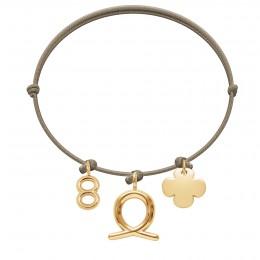 Bransoletka z cyfrą 8, Panną i okrągłą koniczynką na cienkim sznurku w kolorze jasnego cappucino
