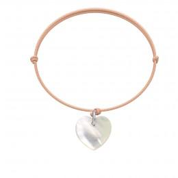 Bracelet avec un cœur en nacre sur un cordon fin rose pâle
