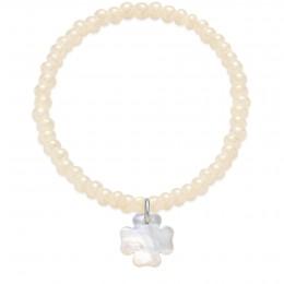 Bracelet en perles de cristal nacrés opalisantes avec un trèfle en nacre