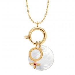 UN COLLIER-FERMOIR BIJOU, un pendentif Vénus orné d'un rubis et un médaillon en nacre