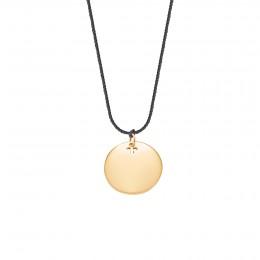 Collier avec un médaillon plaqué or sur un fil noir épais de première qualité