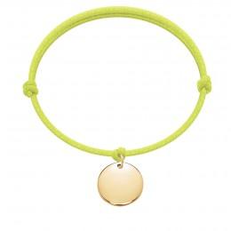 Bracelet avec médaillon plaqué or sur un cordon épais jaune fluo