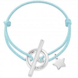 Bracelet avec fermoir Gisèle en argent et pendentif étoile en argent sur un cordon épais bleu clair.