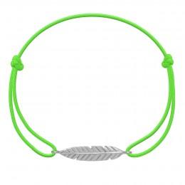 Bracelet Plume en argent sur un cordon fin vert fluo