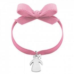 Bracelet avec une fille avec un poney en argent sur un ruban rose pâle