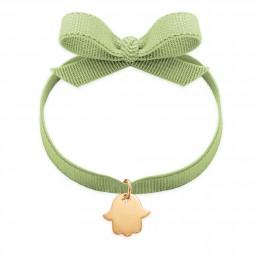 Bracelet ruban de couleur pistache avec la Main de Fatima plaquée or