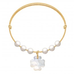 Bracelet Pearl Felicity sur un cordon doré premium