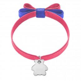 Bracelet ruban double nœud de couleur rose avec un ourson en argent