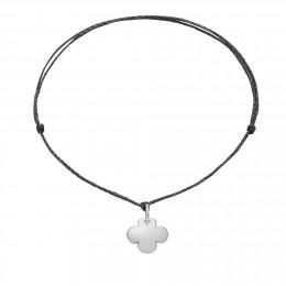 Bracelet avec un trèfle rond en argent sur un cordon fin noir premium